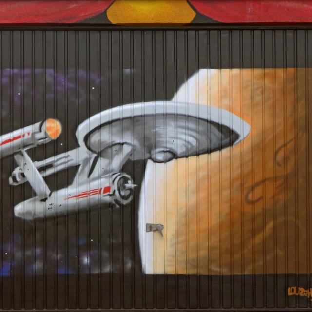 enterprise graffiti louzeh lou zeh