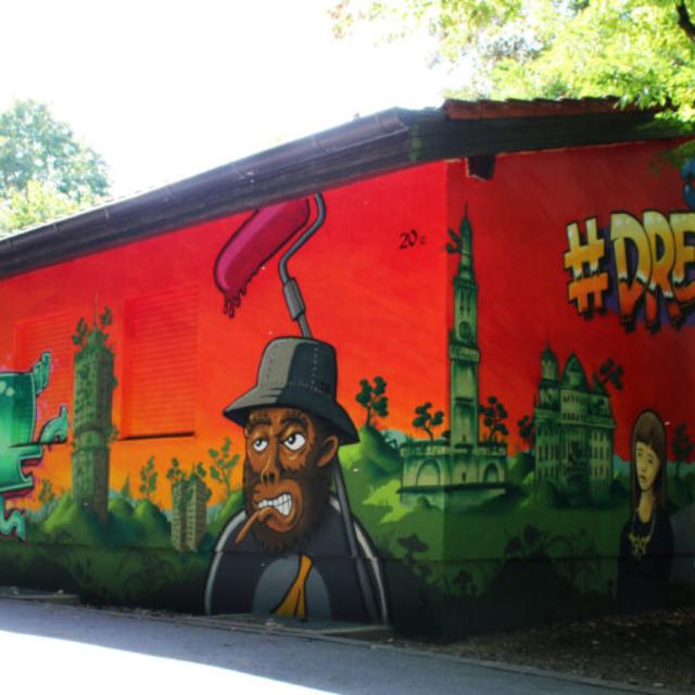 mural juze dreizehn monkey graffiti landscape jungle ruins louzeh lou zeh