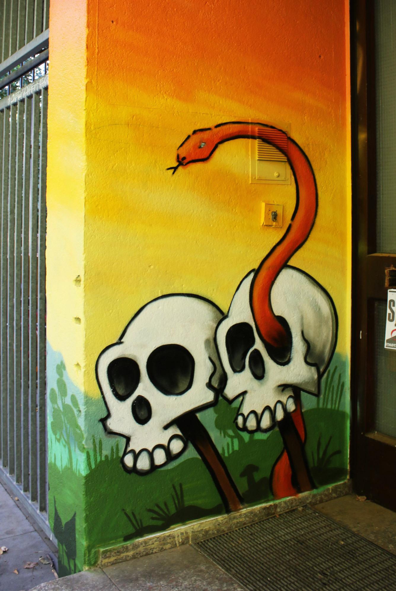 graffiti skulls and snake lou zeh louzeh